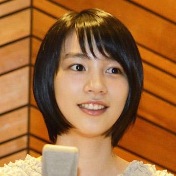 http://konosekai.jp/wp-content/themes/konosekai/images/top/img-cast-01.jpg